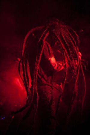 Singer2S.jpg